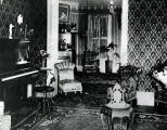 Early 1900 Living Room